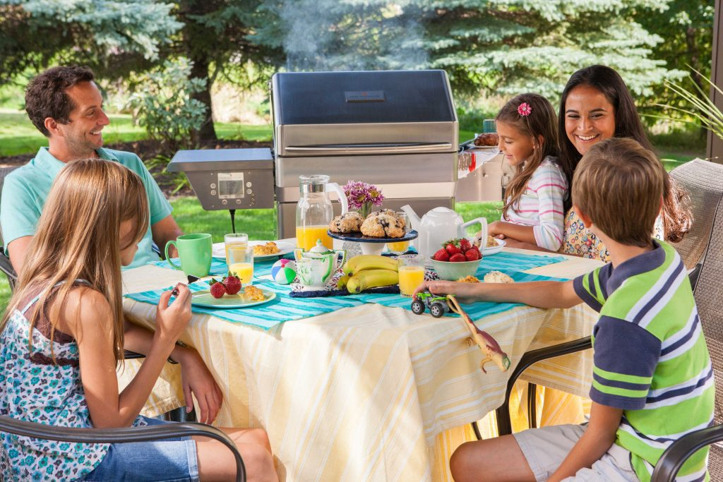 Enjoy Summer With Your Outdoor Kitchen